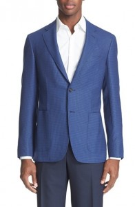 Mens_Tieless_Suit_Daytime