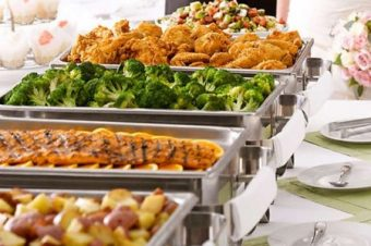 How to Stay Civilized at a Wedding Buffet