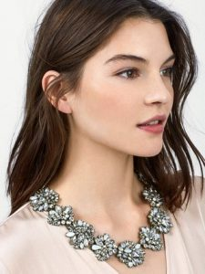 lissandra-statement-necklace-gift-kay-hunter-image